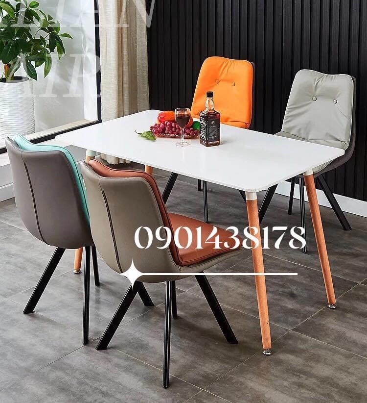 Bộ bàn ăn mặt gỗ ghế da Eyes cao cấp